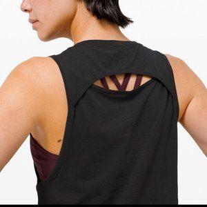 Lululemon Women's Cut Back Tank Size 4, Black